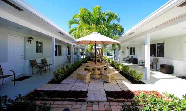 Sun and Sea Villas Boutique Hotel Changes Hands
