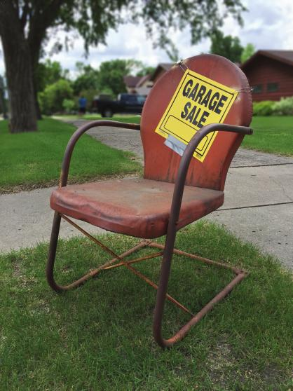 Garage Sale Real Estate – Make Money in Real Estate and be Dead Broke Doing It!