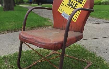 Garage Sale Real Estate – Make Money in Real Estate and be Dead Broke Doing It!