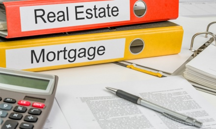 Mortgage Defaults: Experts Predict Market Amidst Pandemic