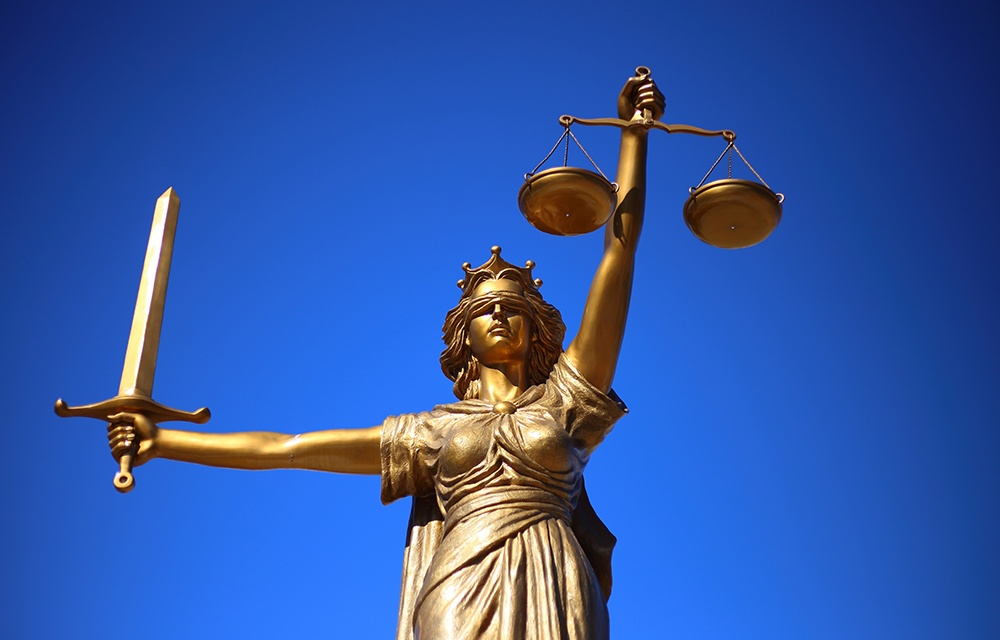 Understanding Inside and Outside Lawsuits